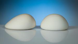 implantes-de-pecho-ligeros-b-lite-clinica-dual-valencia