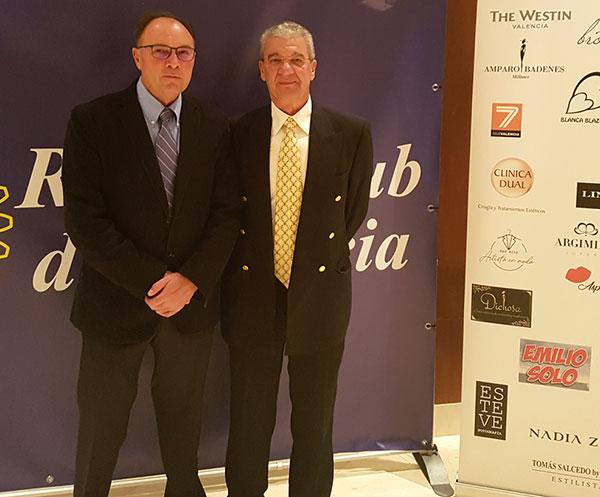 Los doctores Juan Casanova y Ricardo González en el Evento del Rotary Club en apoyo de la ONG Surg For All